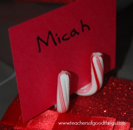 Place Card Holder made from Candy Canes www.joyinthehome.com