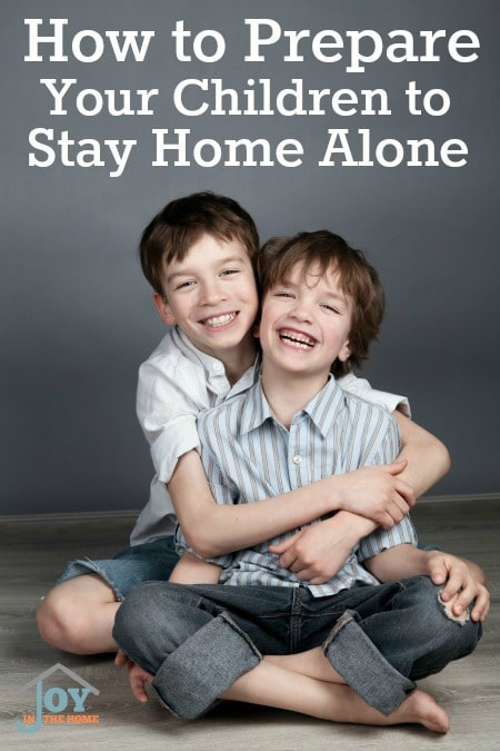 How to Prepare Your Children to Stay Home Alone - Be sure your kids are ready before you leave them alone. | www.joyinthehome.com